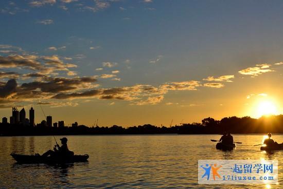 澳洲城市—珀斯(风景、交通、生活成本、大学等介绍)