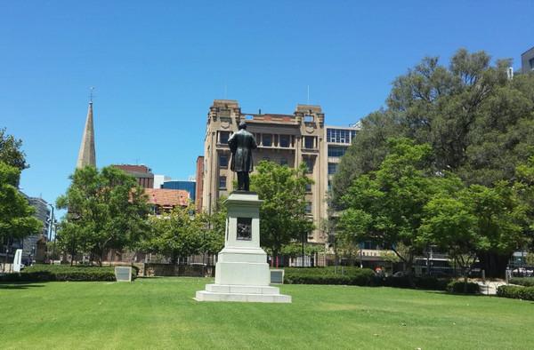 一起留学网是阿德莱德大学的一级代理机构吗