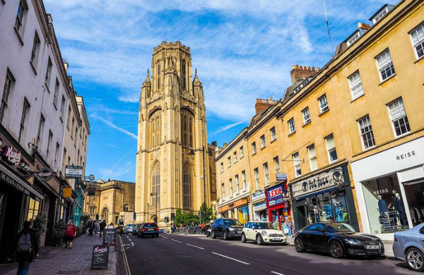 英国热门学校—布里斯托大学