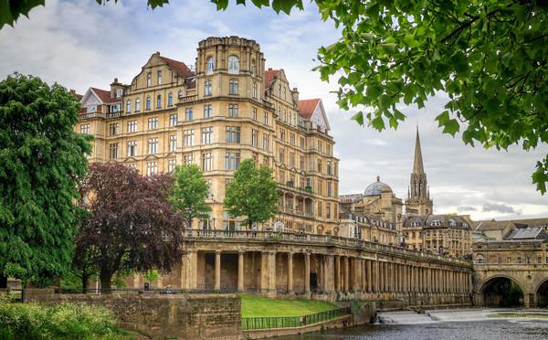 英国房地产评估毕业难吗