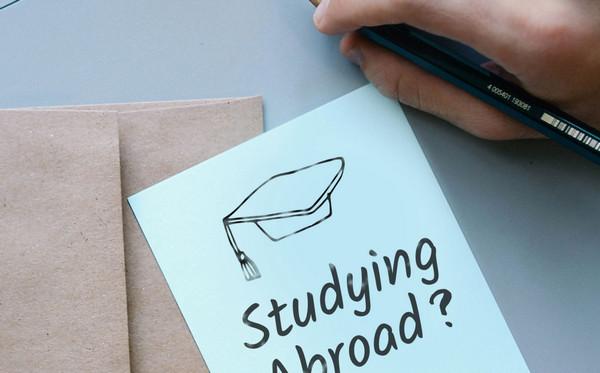 申请英国研究生语言要求及注意事项