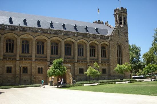 昆士兰科技大学教育专业研究生申请条件|学费|世界排名|雅思要求
