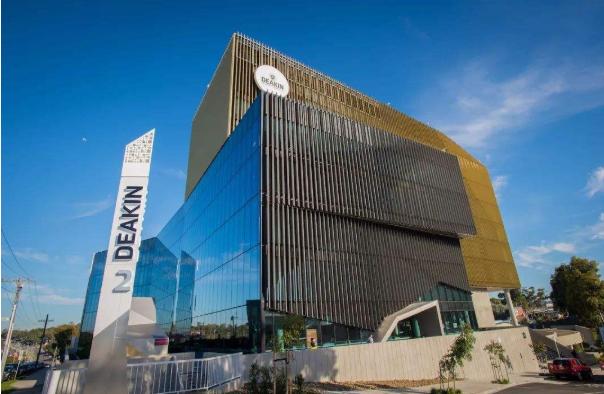 迪肯大学职业会计专业和昆士兰科技大学商业学硕士-职业会计专业哪个好?