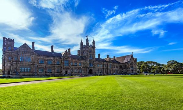 就读皇家霍洛威学院地球科学学院的优势有哪些?