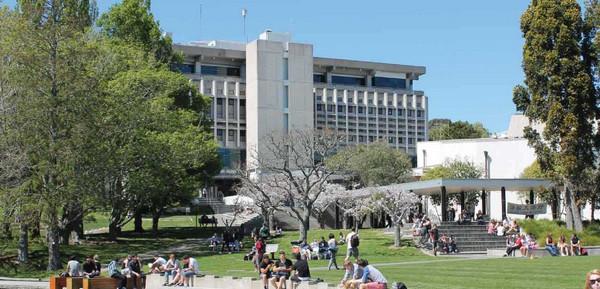 怀卡托大学管理学院研究生雅思要求高不高