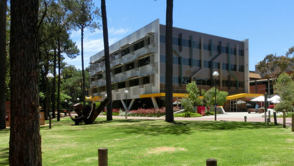 2019年澳大利亚科廷科技大学本科和硕士课程学费信息