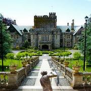 加拿大阿尔伯特学院